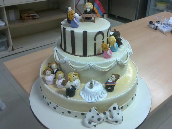 Свадебный торт в ЗАГСЕ